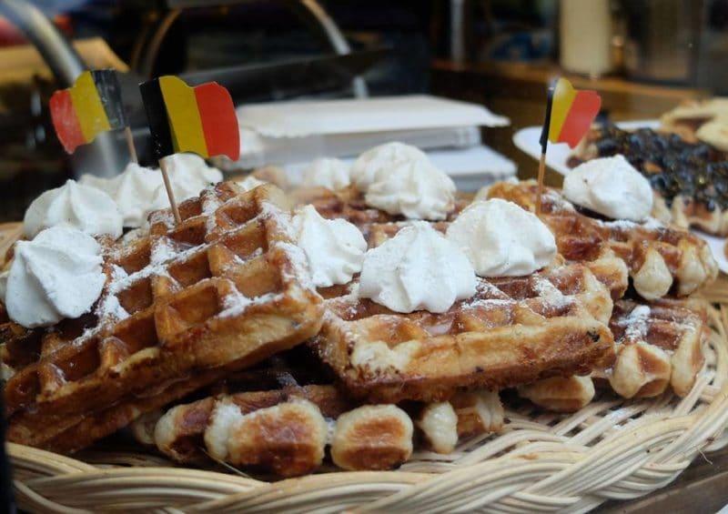 belgian waffles - La Boulangerie des Gourmets